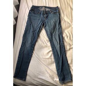 Bullhead Super Skinny Jeans; Hermosa Fit